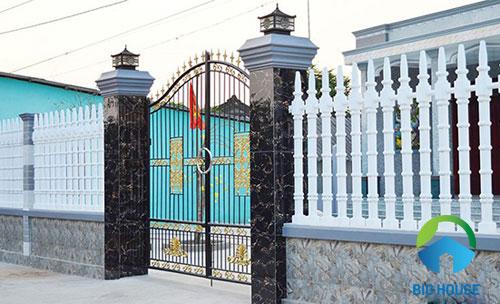 gạch ốp trụ cổng nhà 1