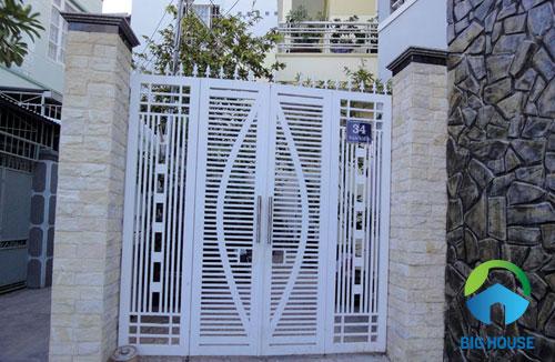 gạch ốp trụ cổng nhà 19
