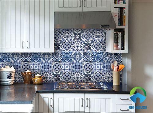 gạch bông ốp bếp màu xanh dương