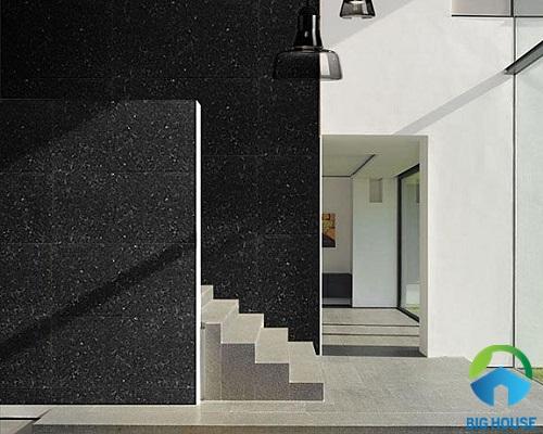 Mẫu gạch giả đá hoa cương ốp tường màu đen