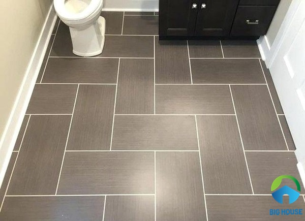 Lát gạch nền nhà vệ sinh theo hình ziczac ấn tượng