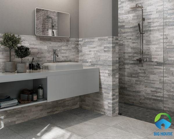 gạch lát nhà vệ sinh 30x60 màu ghi xám đồng bộ cũng mẫu gạch ốp giả cổ