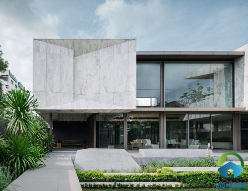 Căn biệt thự trở nên sang trọng hơn với mẫu gạch vân đá marble