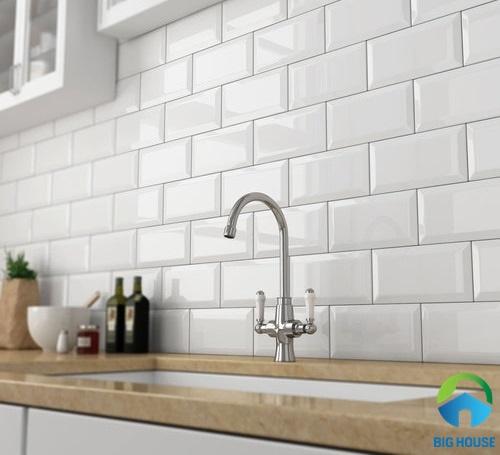 gạch ốp tường bếp màu trắng 12