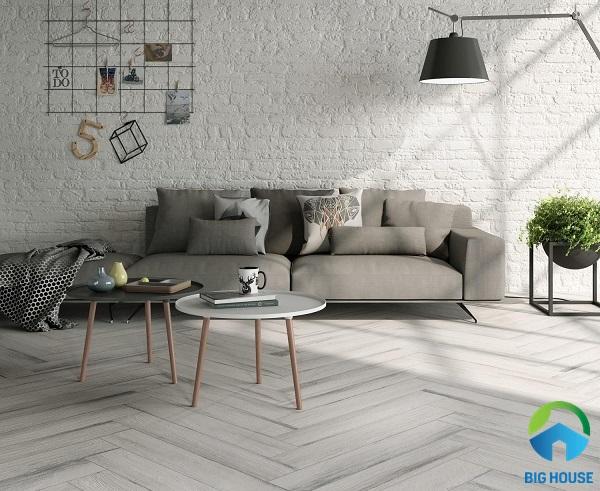 Mẫu gạch lát nền màu trắng xám vân gỗ cho phòng khách