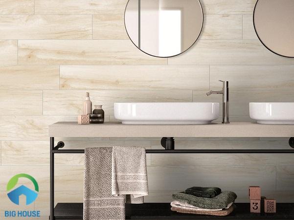 Mẫu gạch ốp tường vân gỗ MOL M01 của Eurotile không chỉ đẹp mà còn có chất lượng tốt