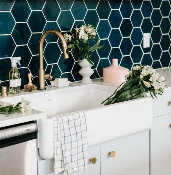 Gạch mosaic lục giác: Kích thước, ứng dụng và TOP mẫu đẹp nhất