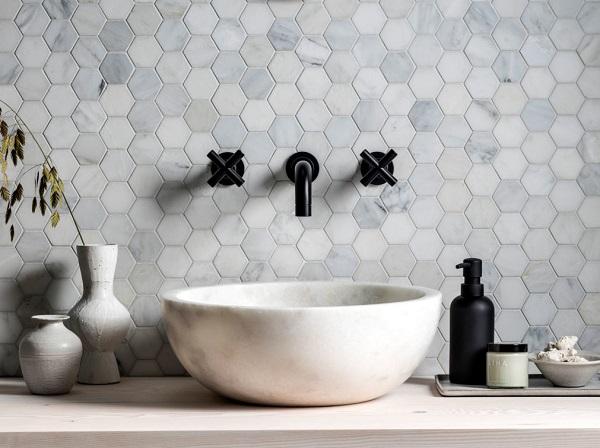 Gạch dùng để ốp nhà tắm với tông màu pastel nhẹ nhàng
