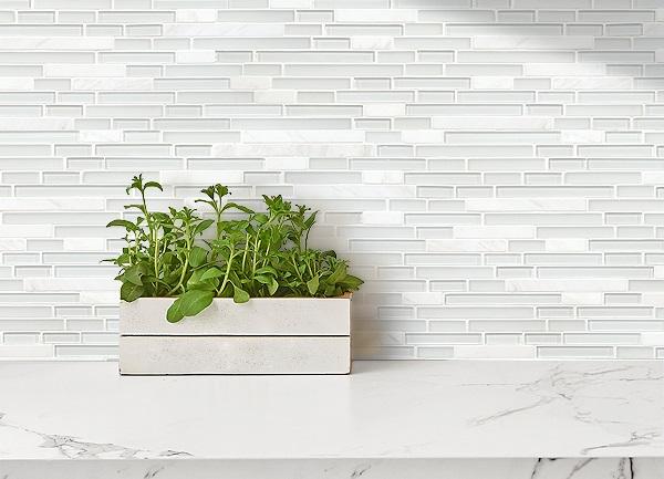 Gạch mosaic thủy tinh: Ưu điểm, TOP mẫu đẹp kèm bảng giá