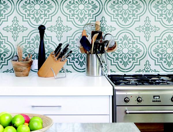 gạch bông ốp bếp màu xanh lá cây