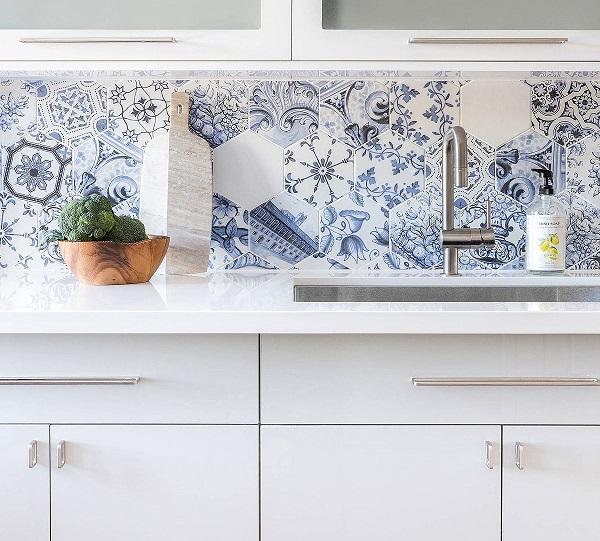 Mẫu gạch bông màu xanh dương họa tiết hoa văn nổi bật