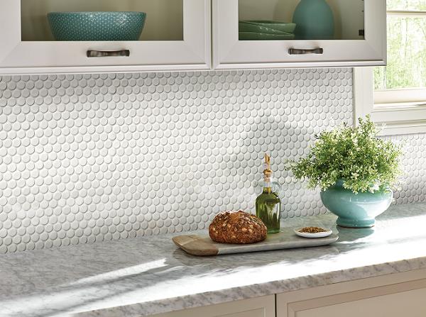 Gạch mosaic màu trắng mang vẻ đẹp tinh tế, thanh lịch