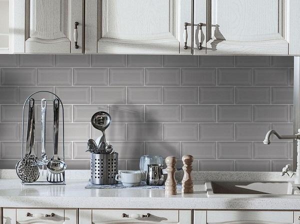 Mẫu gạch thẻ màu ghi bóng cho khu bếp thêm hiện đại