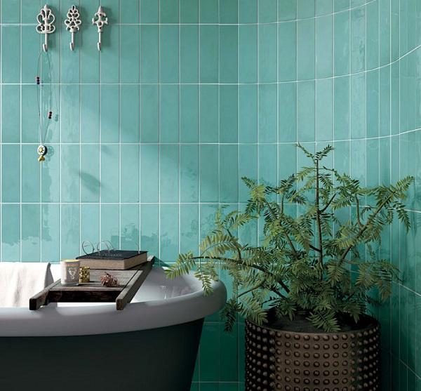 Gạch thẻ ốp tường màu xanh ngọc cho không gian phòng tắm cảm giác thư thãi, tươi mát hơn