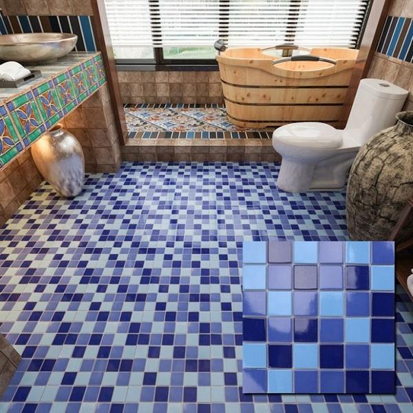 Mẫu gạch mosaic lát phòng tắm màu xanh nước biển đậm - nhạt