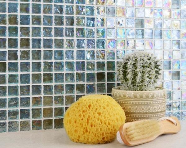 gạch mosaic ốp nhà tắm thủy tinh gam màu ombre sang trọng