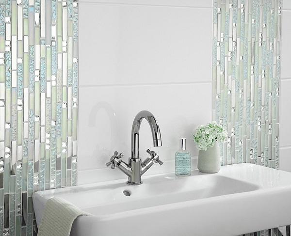 Gạch mosaic dạng thanh men bóng độc đáo ấn tượng