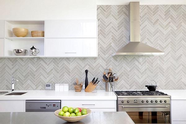 Mẫu gạch xương cá màu ghi nhạt cho không gian bếp mang phong cách vintage đơn giản