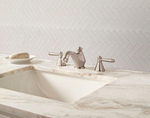 Gạch mosaic xương cá màu trắng với vẻ đẹp trang nhã và tinh tế